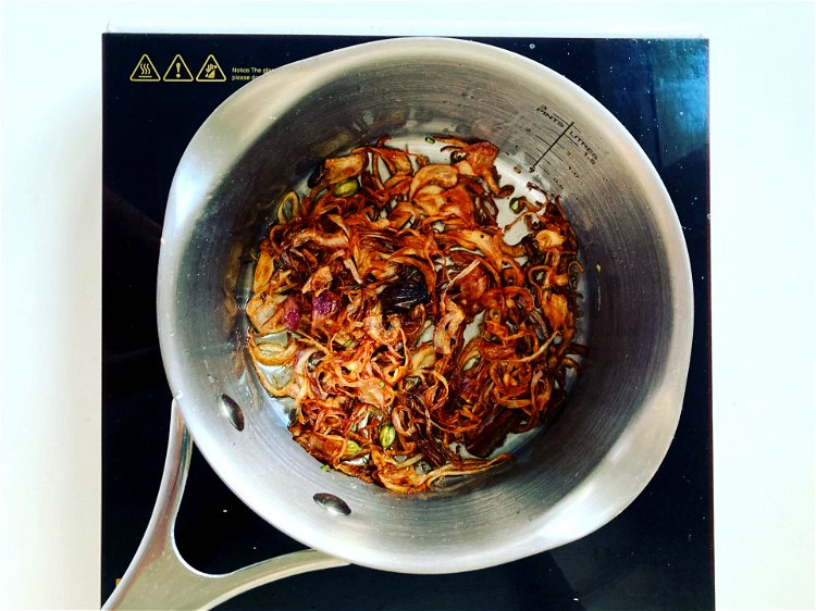 Image of Prepare the baseIn a saucepan, heat ¾ of the desi...